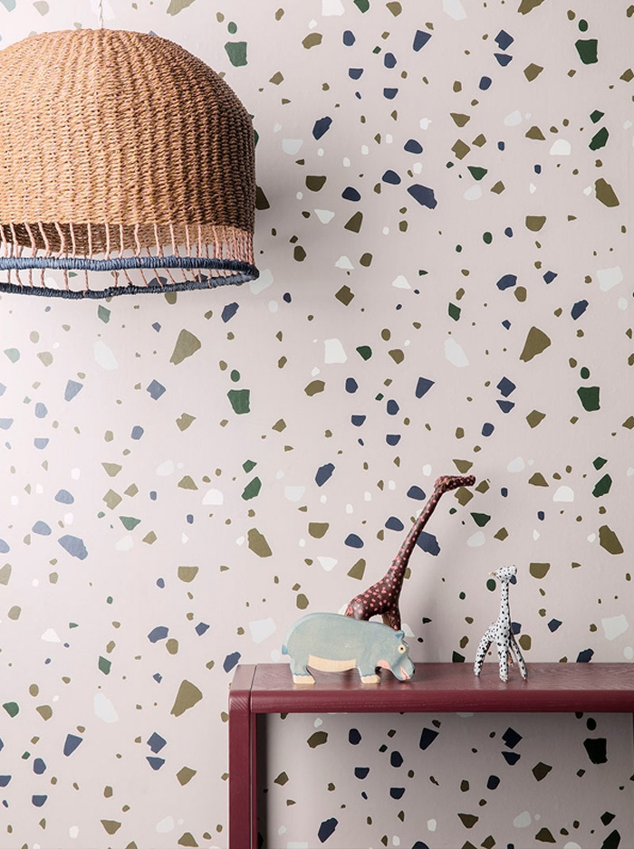 Ferm Living is always on point when it comes to the hottest trends. Its new S/S17 collection includes this covetable terrazzo-print wallpaper. We want it now! - Image via Pinterest