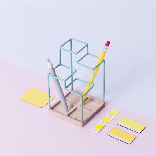 Block Design Desk Tidy .jpg