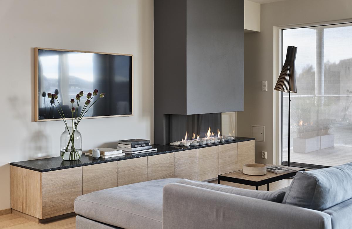 Lundhs Fireplace.jpg