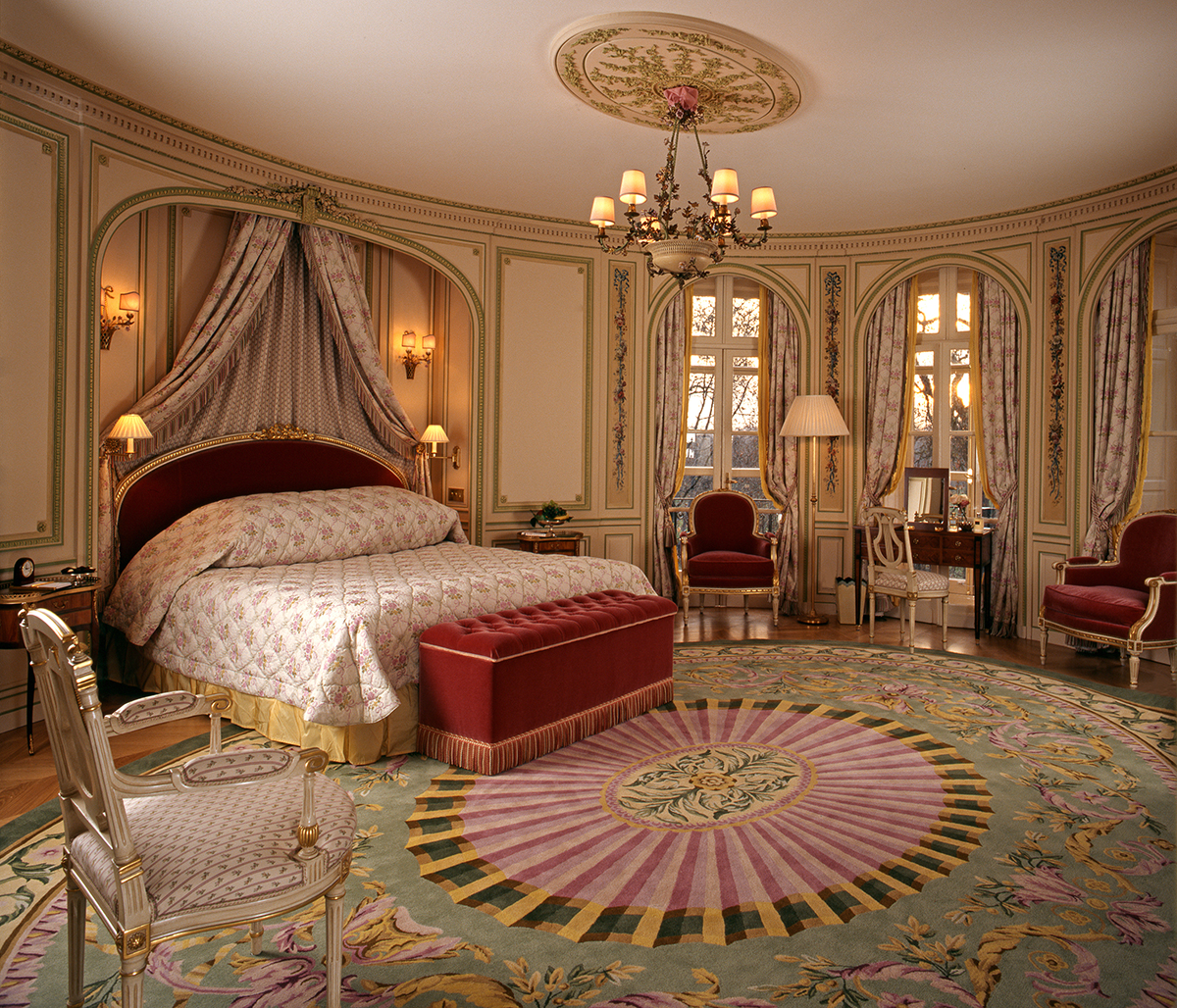The Royal Suite Bedroom.jpg