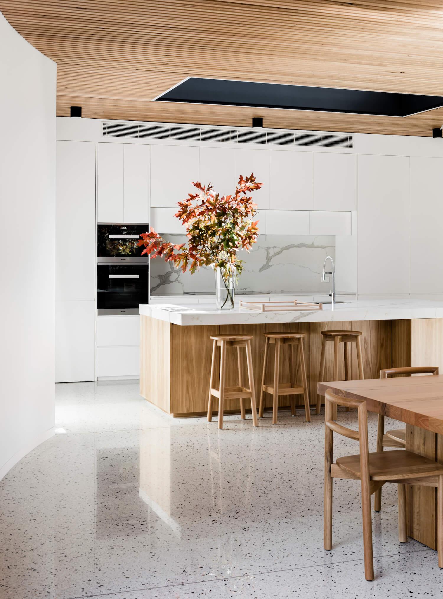 est-living-interiors-figr-architecture-courtyard-house-5.jpg
