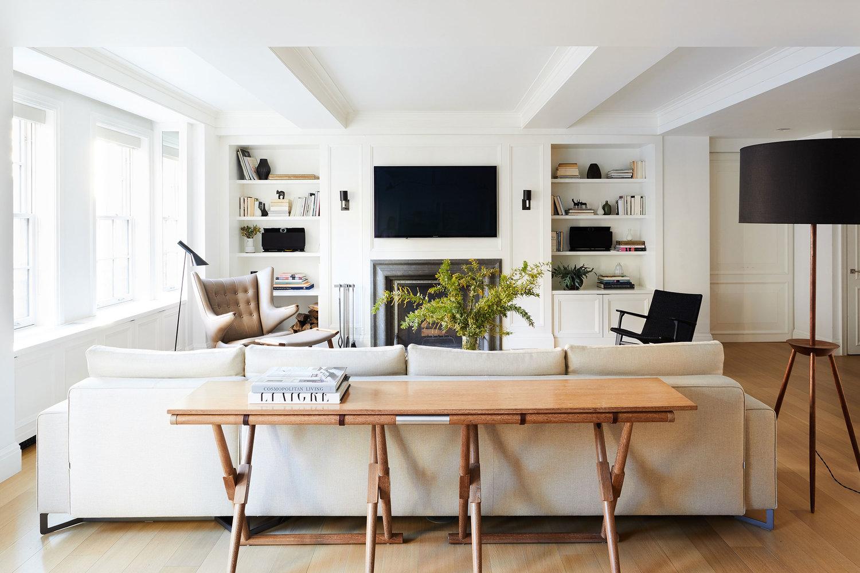 Nicole Franzen Tidy Living room.jpg