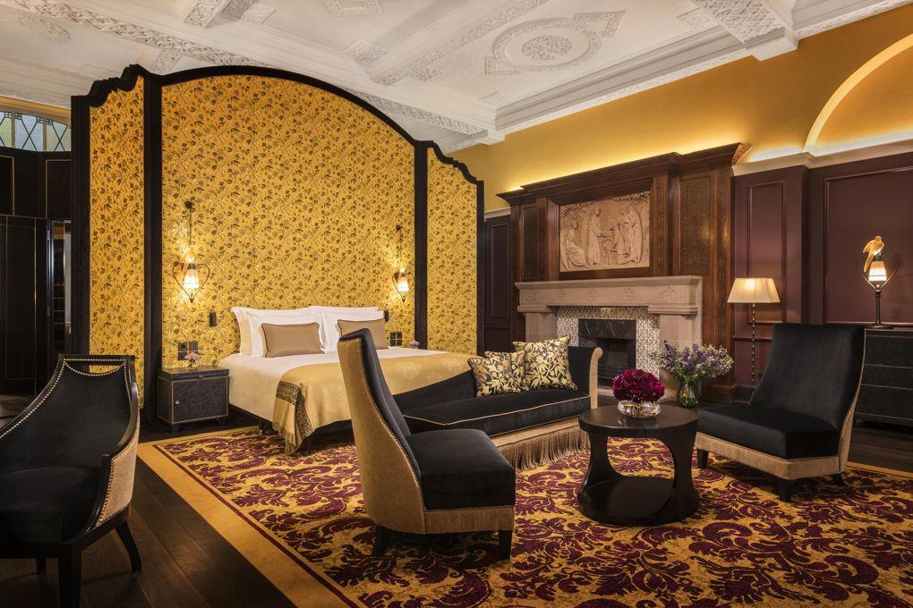 loscar-hotel-room-103_2-bedroom.jpg