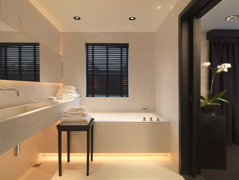 Contemporary Suite (3).jpg