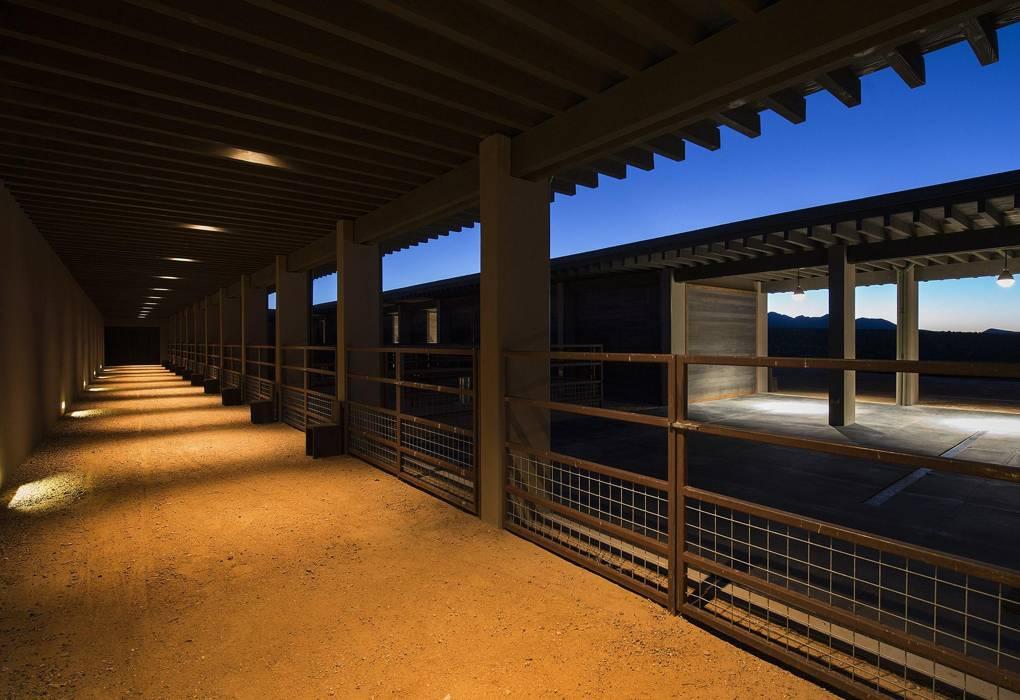 tom-ford-cerro-pelon-ranch-barn.jpg