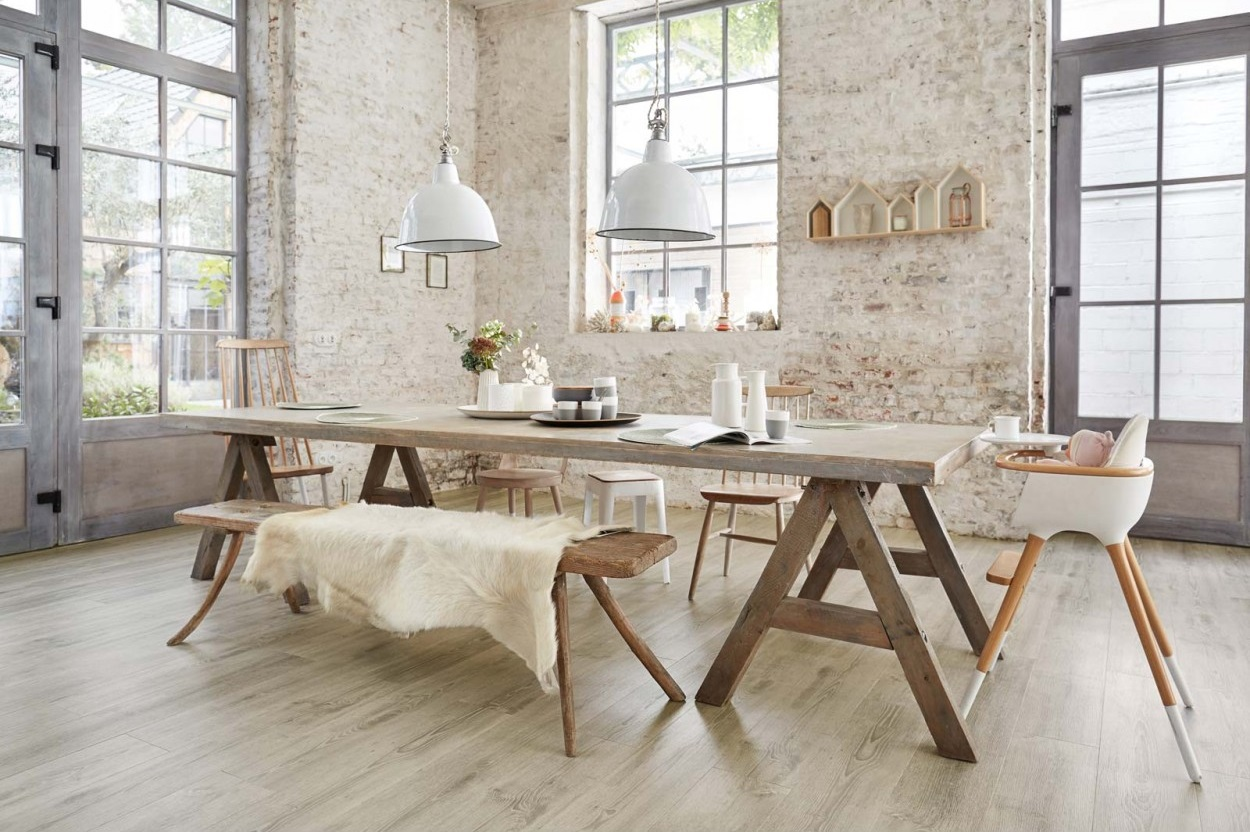 LIV for Interiors / How to use vinyl click flooring