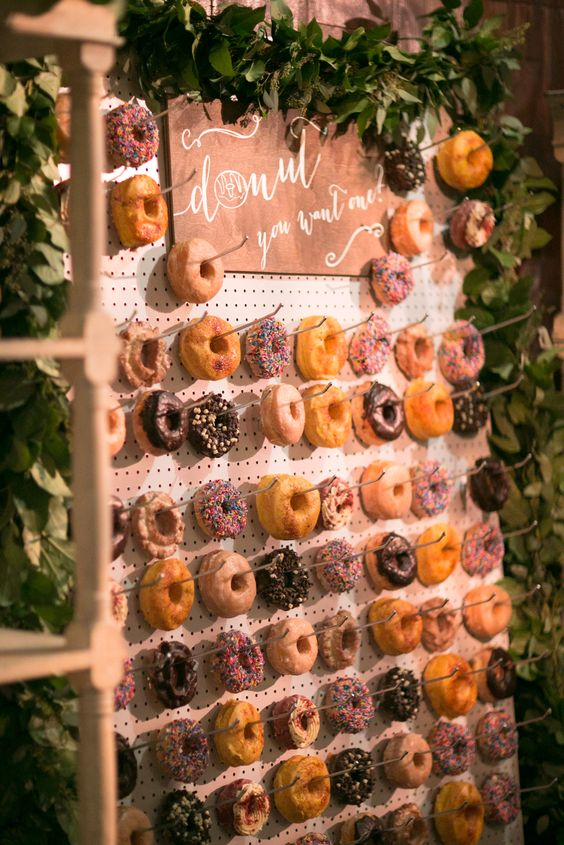 15. Doughnut Party Décor - Struggling to think of a theme for your next party? Then look no further than the local bakery, as Pinterest searches for 'doughnut décor' have taken off recently. Forget flowers, doughnuts are the new decorative centrepieces for any social occasion.