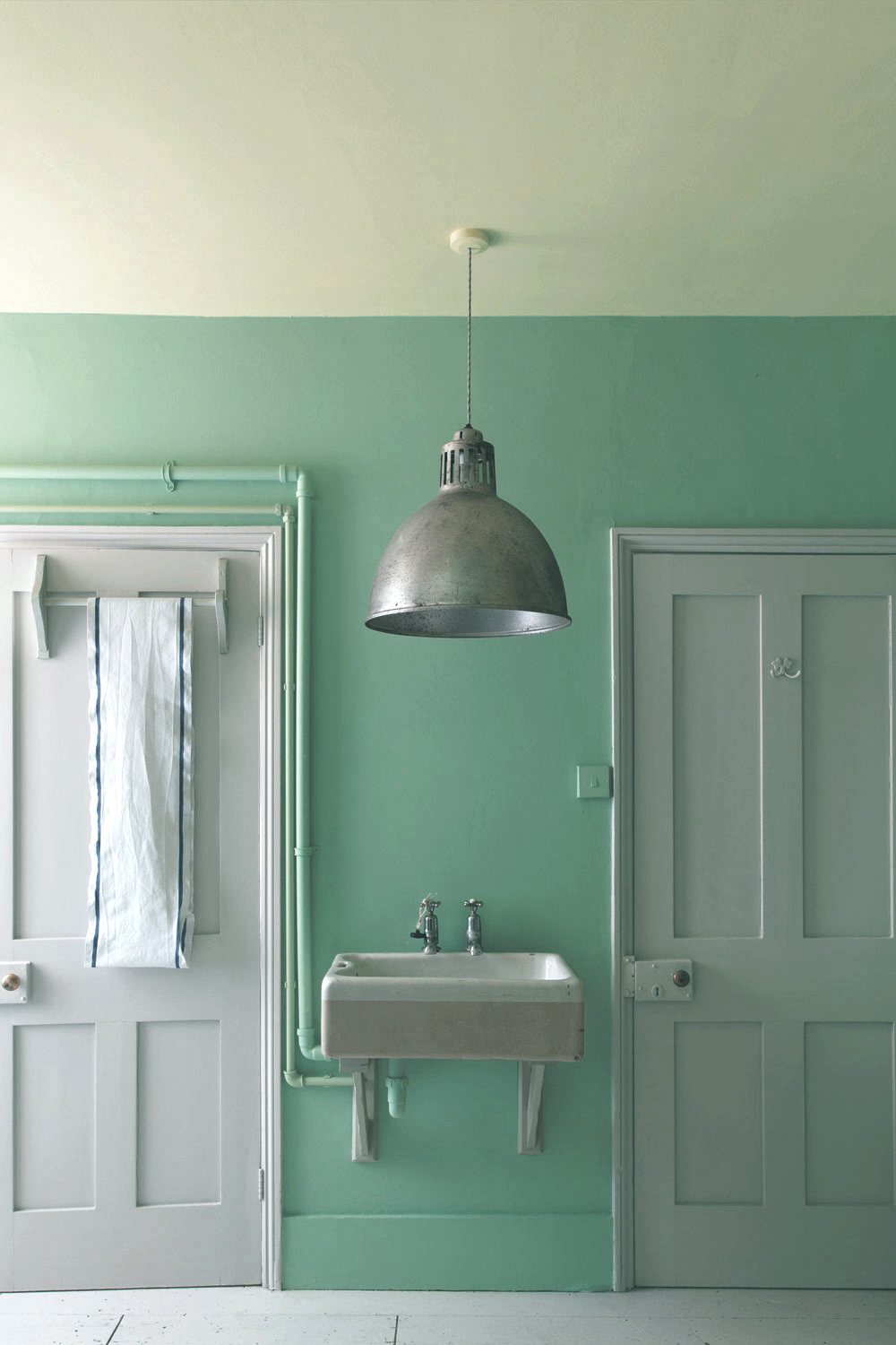 SAY IT WITH PAINT - Paint is a great way to embrace a bolder colour palette without committing long-term; when trends change, simply grab a paintbrush and update the entire look of your room in an instant. For now, we're all for mint commanding every inch of our wall space. Farrow & Ball's Arsenic looks great set against white accents and industrial accessories.Looking for a very specific shade of mint? Then head to Benjamin Moore for hundreds of options...be warned, you will find it almost impossible to choose between all of the beautiful shades! Our favourites are Antigua Aqua, Bud Green and Flordia Keys.