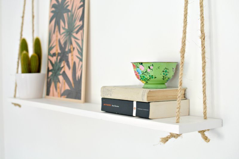 how to hang a shelf.jpg