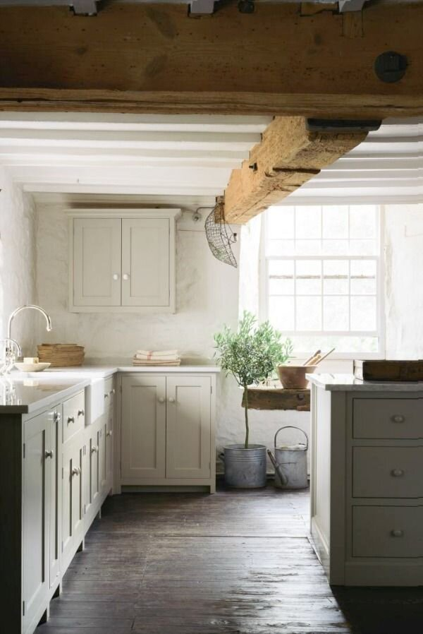 21 Beautifully Rustic English Country Kitchen Design Details to Add Charming European Country Style - Hello Lovely.jpeg