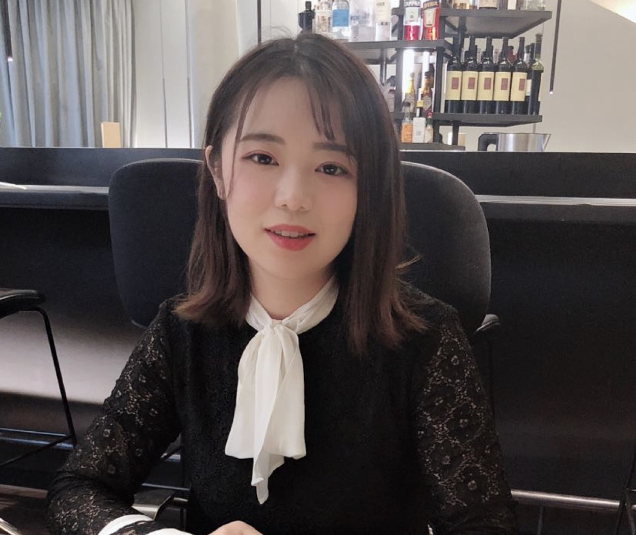 Yue Li  Project Manger   Cam Rivers Publishing & Arts