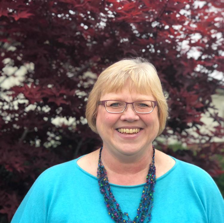Lisa Hesting - Bookkeeper