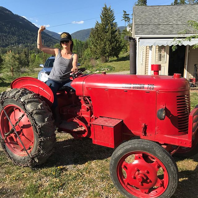 Giddy up tractor!