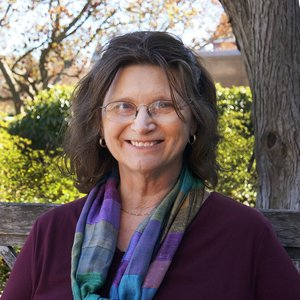 Nancy Knowlton, PhD, Sant Chair for Marine Science, Smithsonian Museum of Natural History    http://invertebrates.si.edu/knowlton.htm