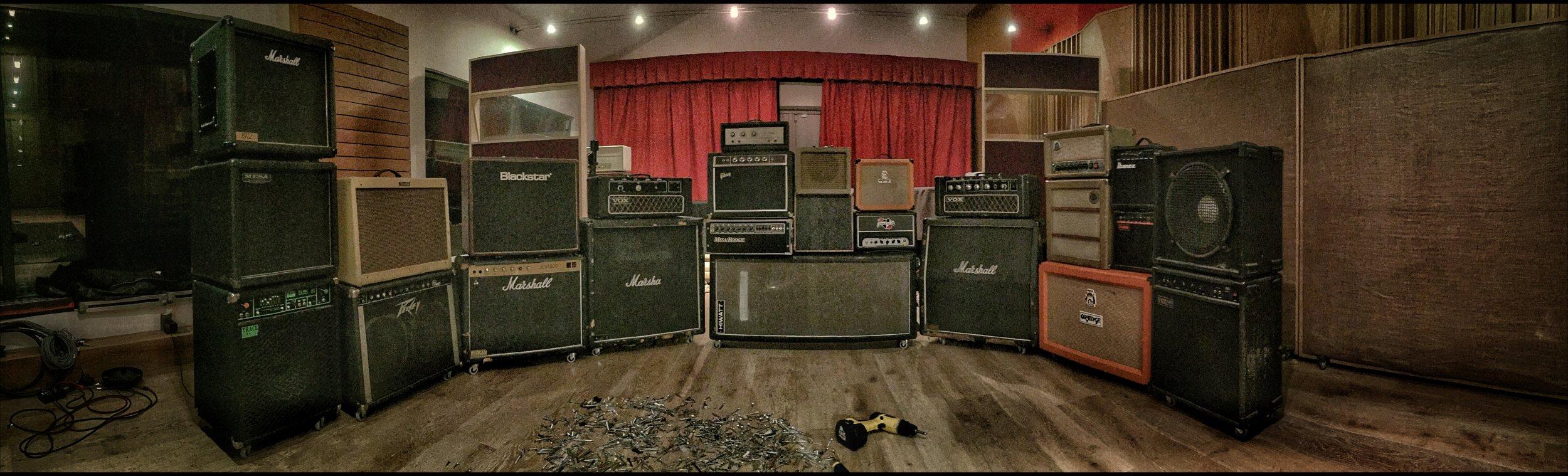 "Trace Elliot GP7 12"" Combo, Mesa 12"" Black Shadow Cab, Marshall 1912 12"" Cab, Peavy Classic 2x12"" Scorpion Cab, Fender Blues Deluxe G12 12"" Combo, Marshall JCM 800 2x12"" Combo, Blackstar Artisan 30 2x12"" Combo, Vox Super Foundation Bass Head Solid State, Marshall 1960 Straight 4x12"" Cab, Slvertone Bass 30 Head Solid State, Gibson G10 Solid State, Mesa Mark III, Rex/Valco 8"" Combo, Fane 10"" Ext Cab, Orange Crush 15R, Rhino Toy Amp, Ibanez Toy Amp, Blackheart Little Giant Head, Vox Conquer Solid State Head, Marshall 1960 Lead 4x12"" Cab, SJB Valve Special, SJB 12"" Cab, Orange 2x12"" Cab, Vox 15"" Ext Cab, Vox Venue Bass 100 15"" Combo"