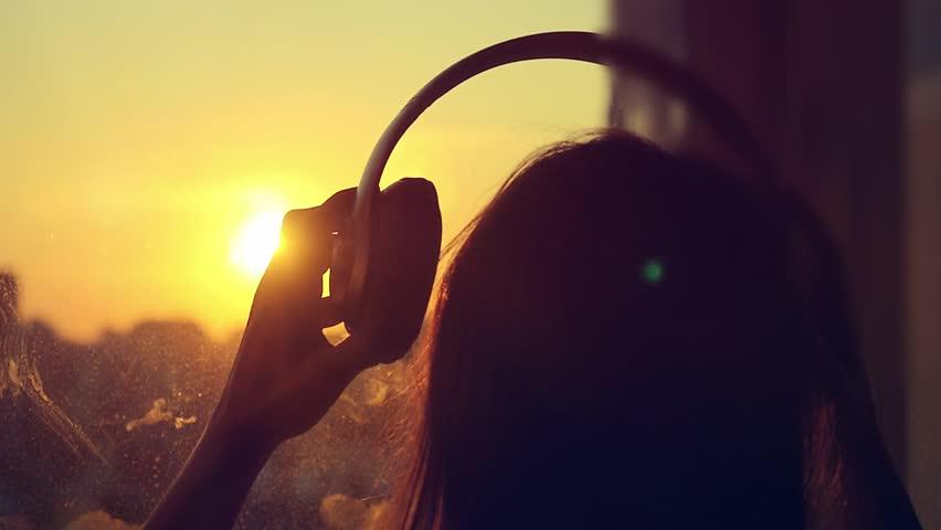 Listen to the Light -