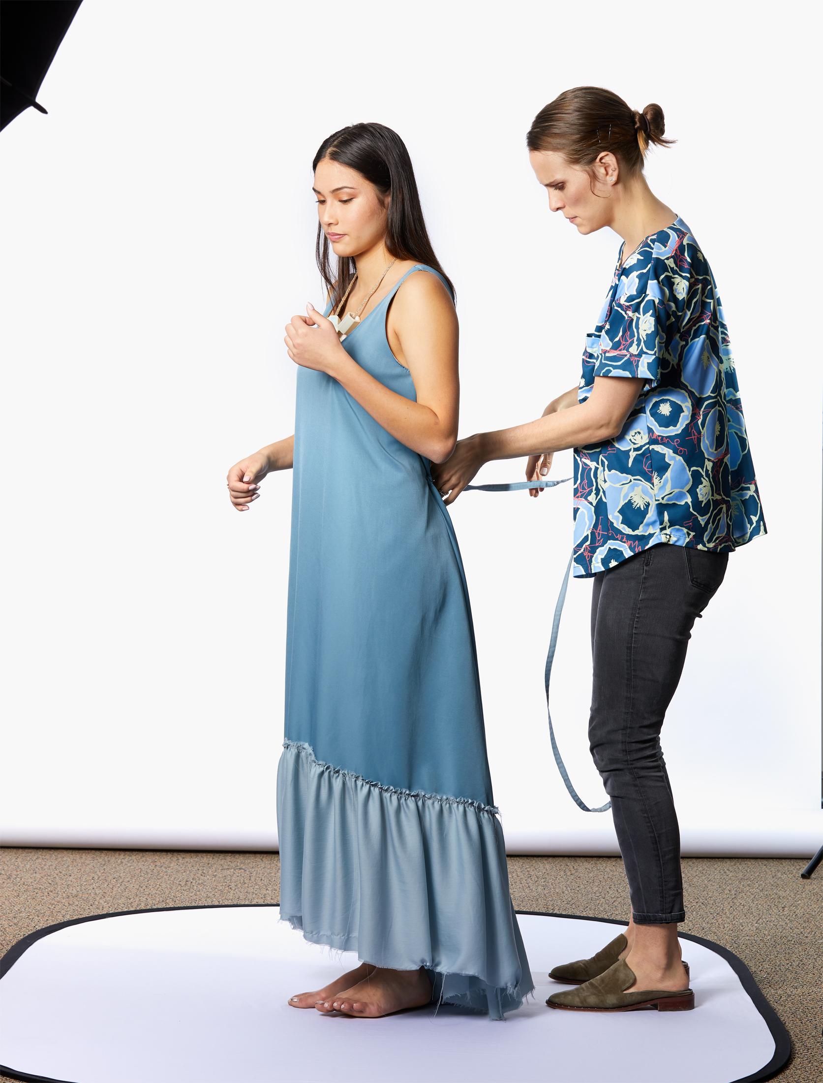 Poppyseed - adjusting the dress