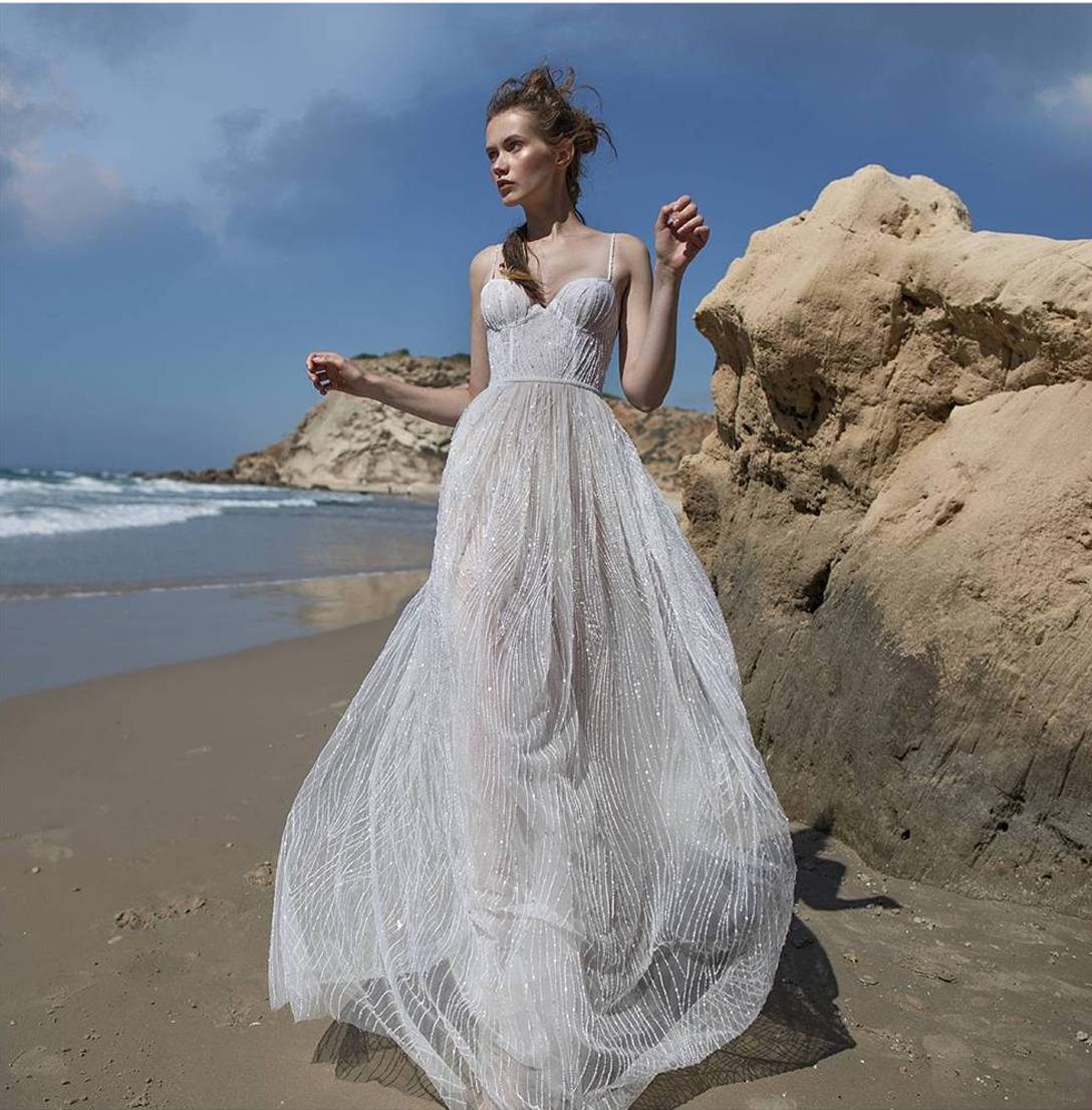 Luella's Bridal (Wimbledon, London)  Luella's Bridal stocks dresses and separates from the most exquisite designers that only you can find at their boutique. Uniqueness is their goal! They also have a limited edition selection of our crowns.
