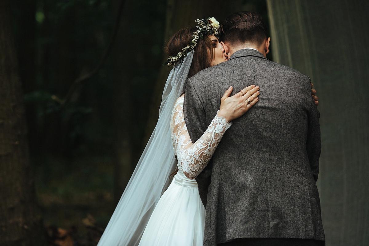 naomi-neoh-magical-woodland-wedding-23.jpg
