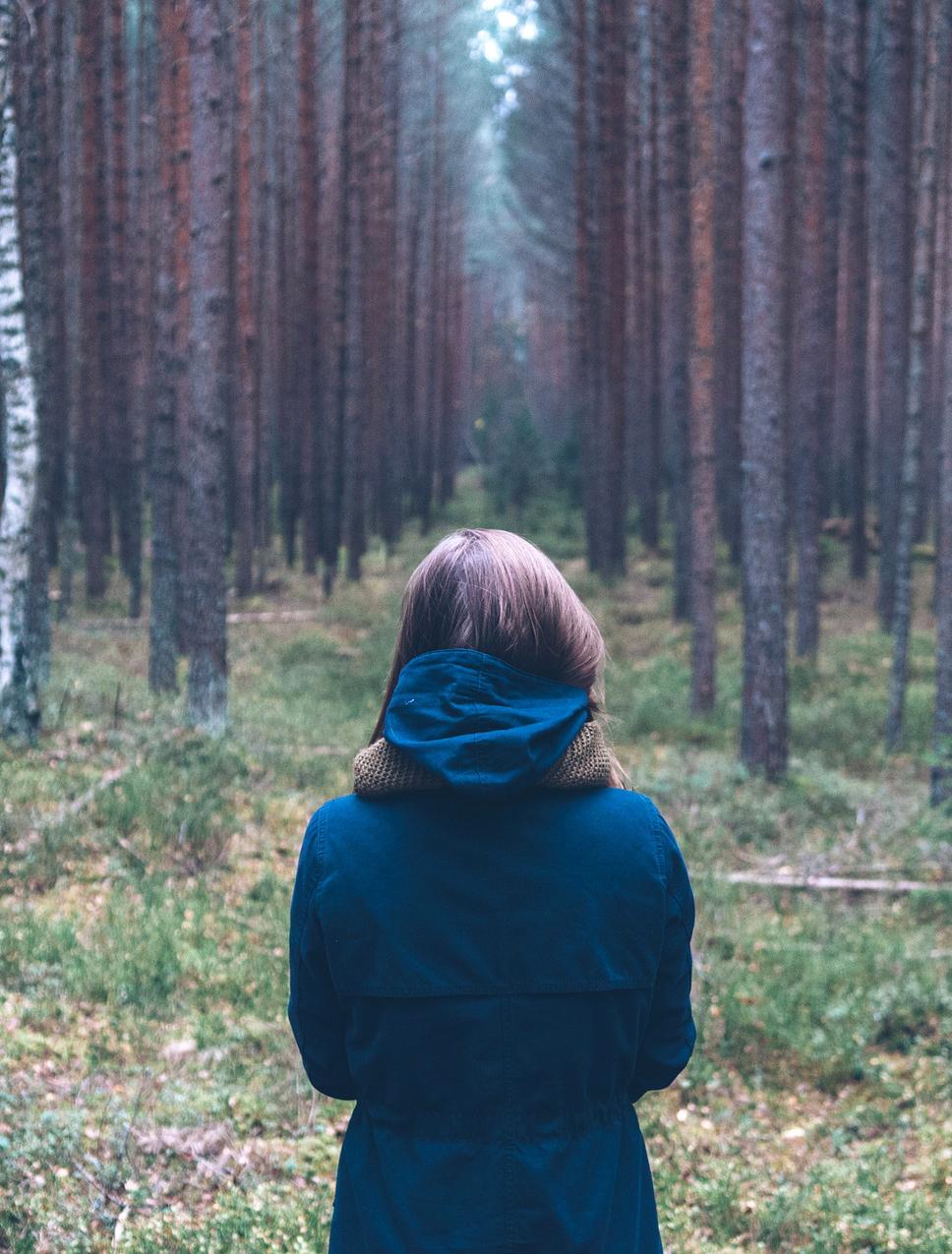 A szorongás azért is veszélyes, mivel gyakran rejtve marad. A szorongók hajlamosak szégyellni állapotukat, így megpróbálják azt palástolni vagy nem mernek segítséget kérni annak feloldásához. -