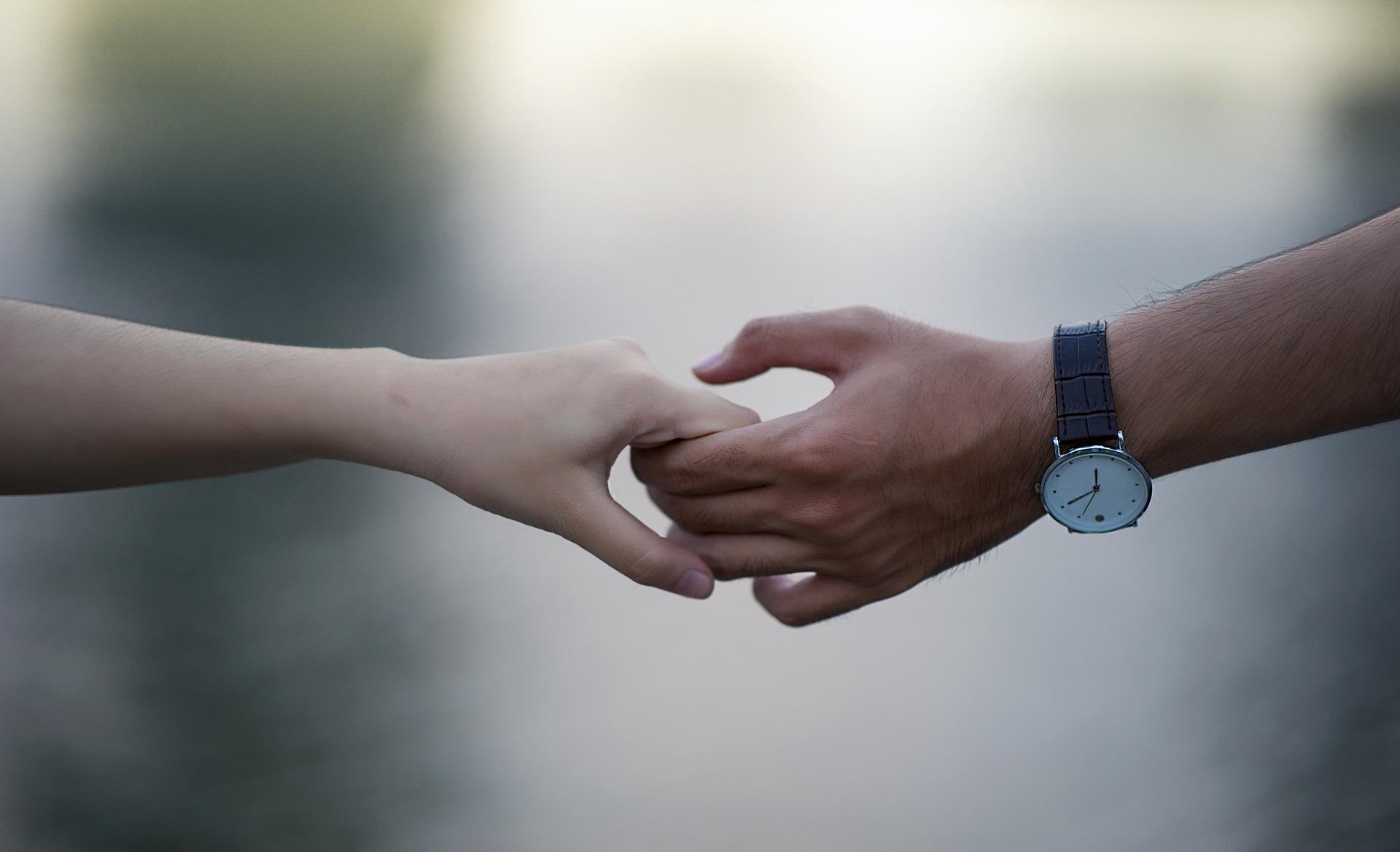 A feldolgozás célja az, hogy képesek legyünk felelősséget hozni önmagunkért és meghozni azokat a - gyakran nehéz - döntéseket, amelyek jóllétünket szolgálják. -