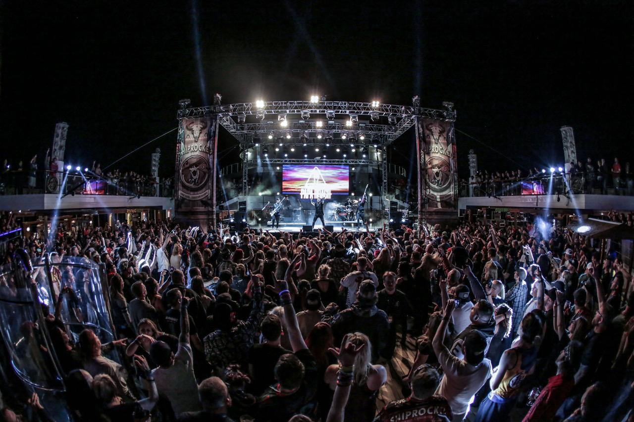 Papa Roach SR19_Day 3_by Chris Bradshaw.jpeg