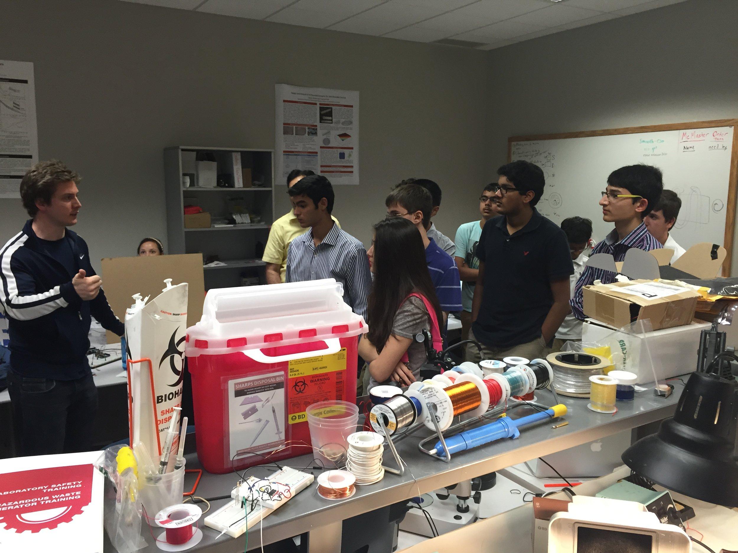 Professor Park's Soft Robotics/Bionics Lab at Carnegie Mellon University