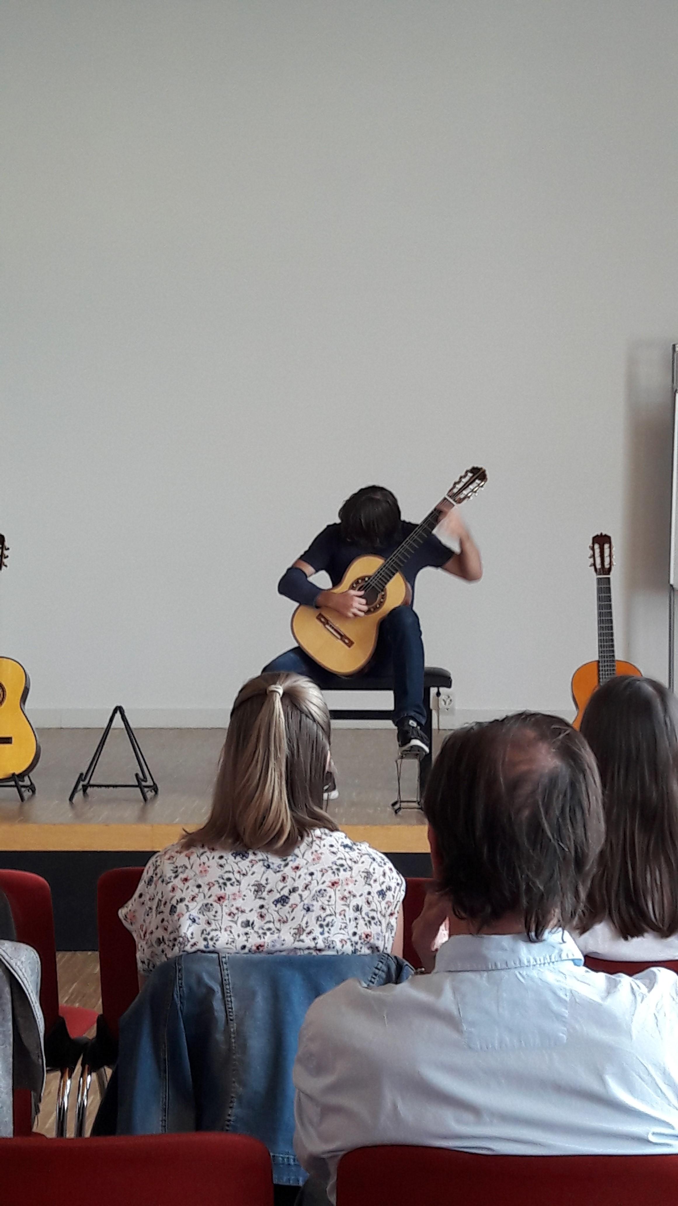 "Matej Berlot playing ""Ilona"" at the guitar Presentation"