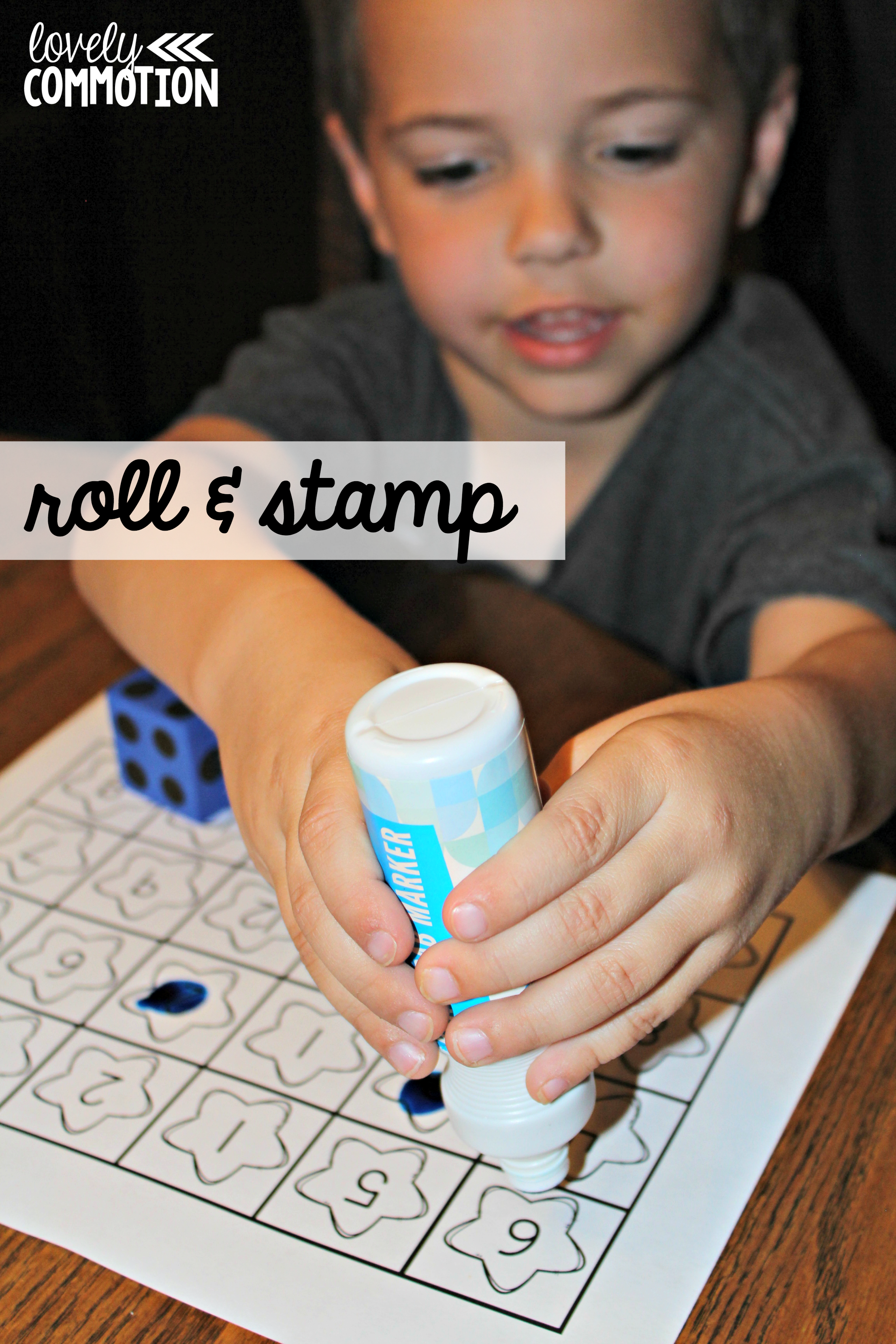 Roll and stamp numeral recognition game for preschool and kindergarten.