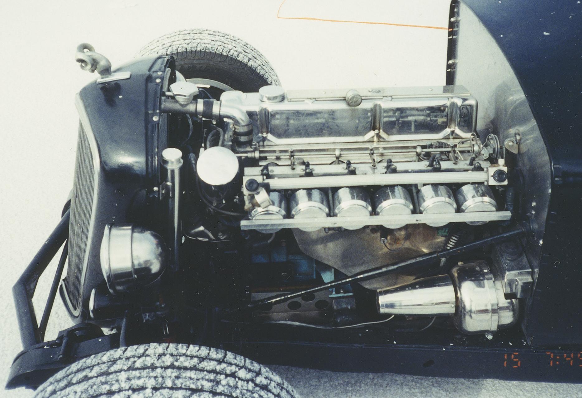 xe3Untitled-2.jpg