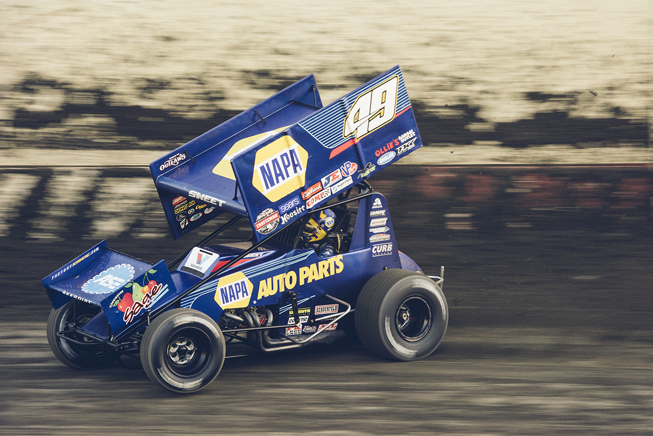 Sweet makes a qualifying lap at Tulare, 2017.