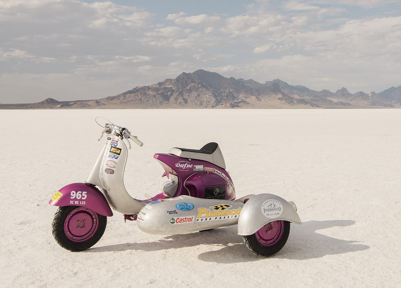 Team Dafne 125cc racer on the salt. Classic lines in hand formed aluminum.