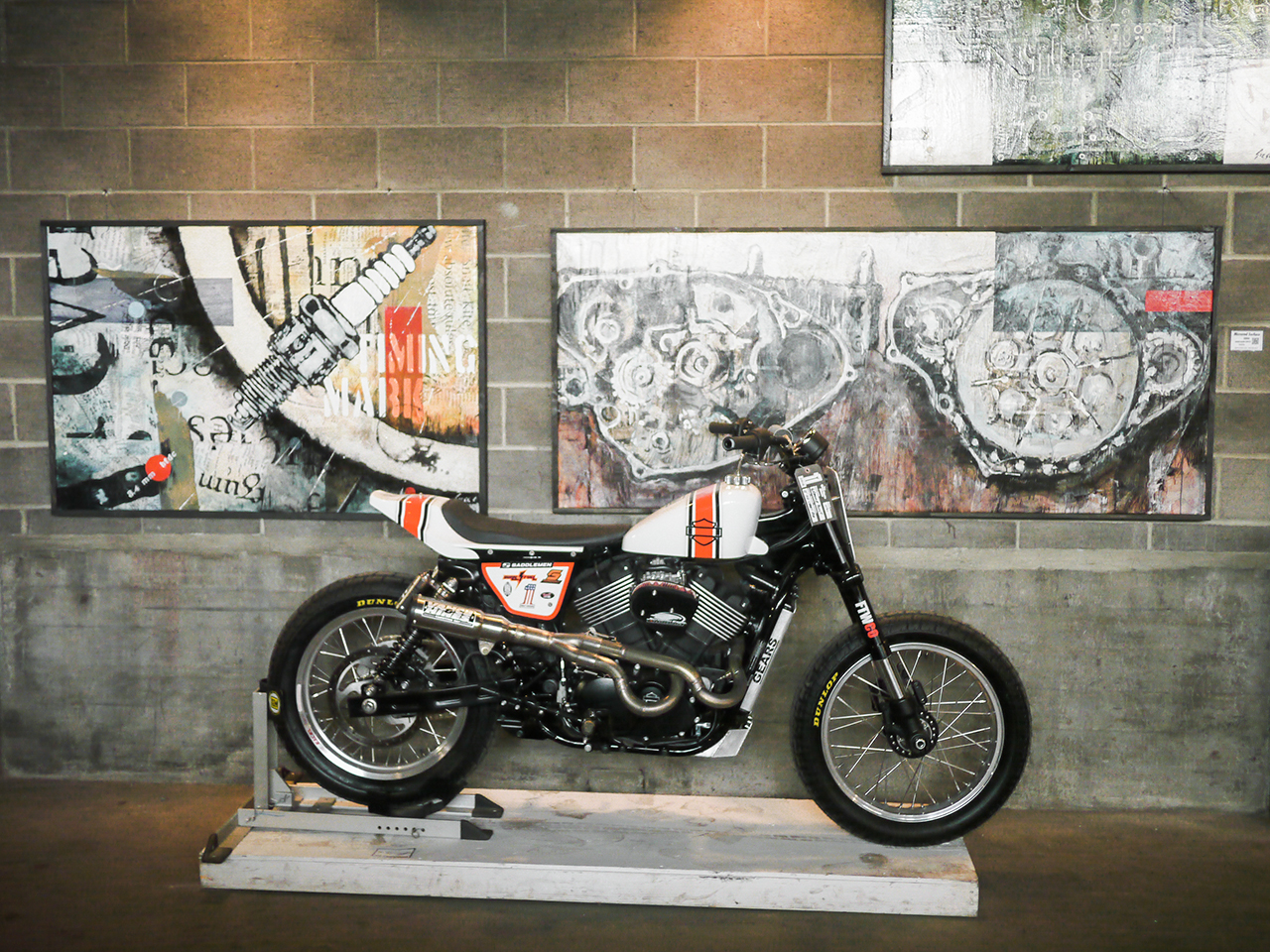 One of the hallmarks of the One Moto Show is quality art staged with the motorcycles to show both to best advantage.