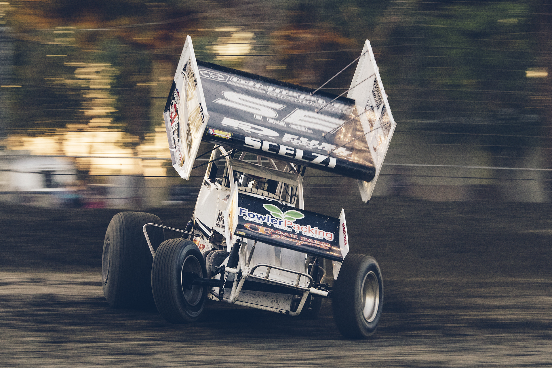 Dominic makes a qualifying lap at Hanford, 2015.