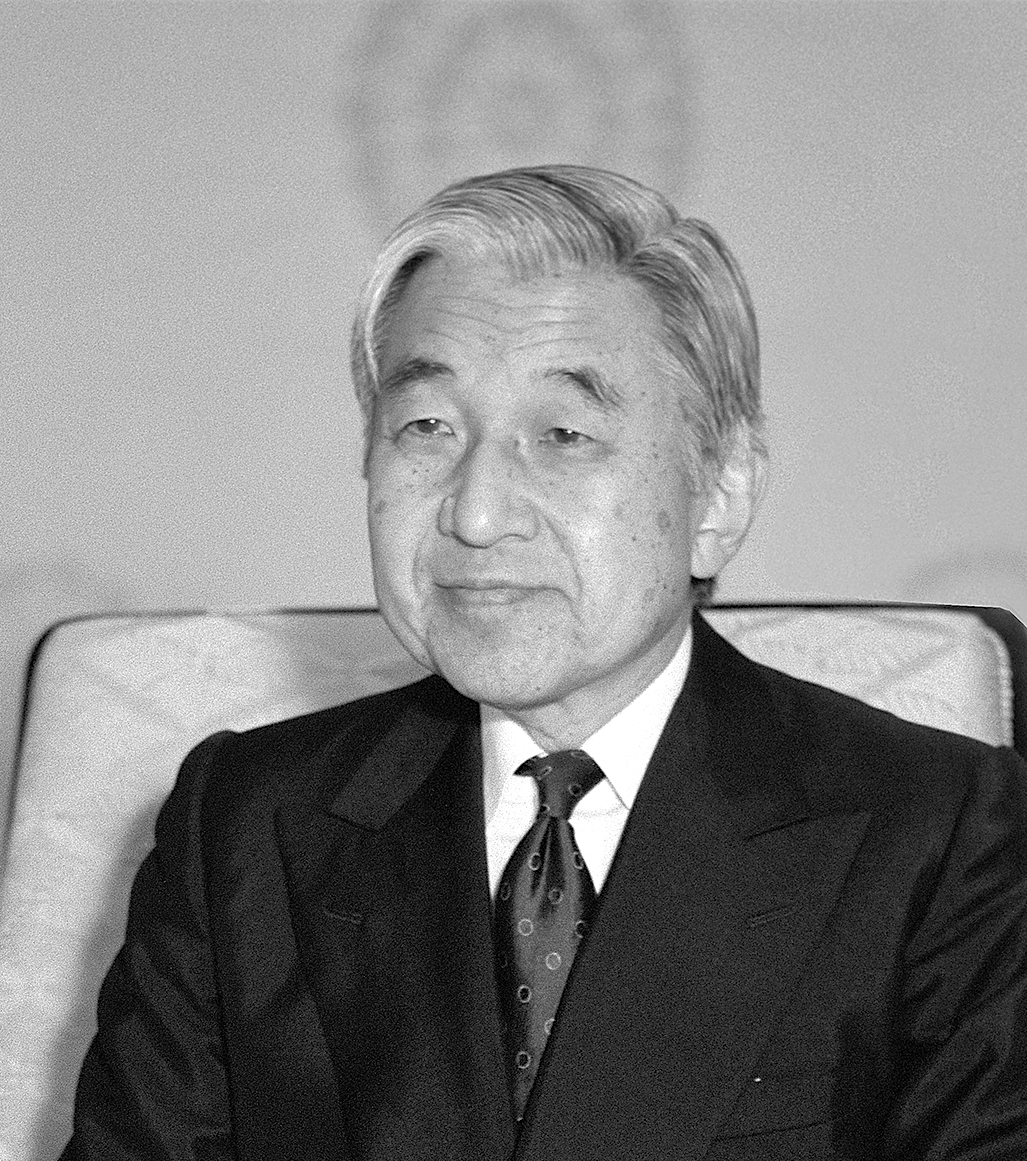 """One of Phändler's """"impossible"""" portraits of Emperor Akihito. Amazingly he managed to run a couple rolls of film through his Hasselblad despite being told he could take no photos of the Emperor."""