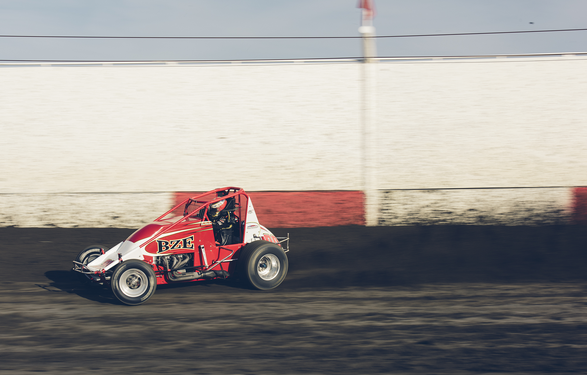 Bud driving the Bowman/BZE USAC 410 non-wing sprinter at Tulare, 2015.