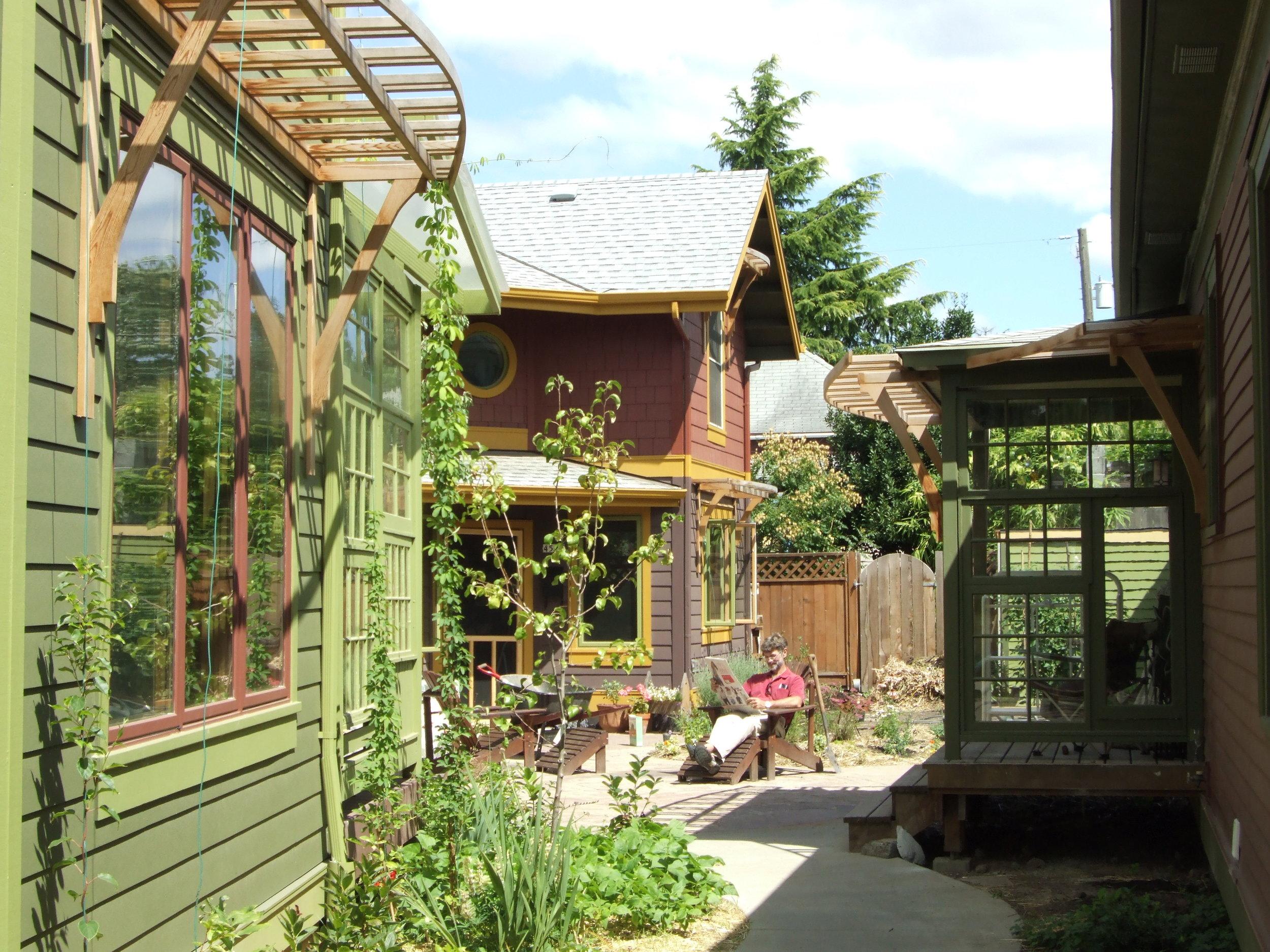SG - courtyard - Mark.jpg
