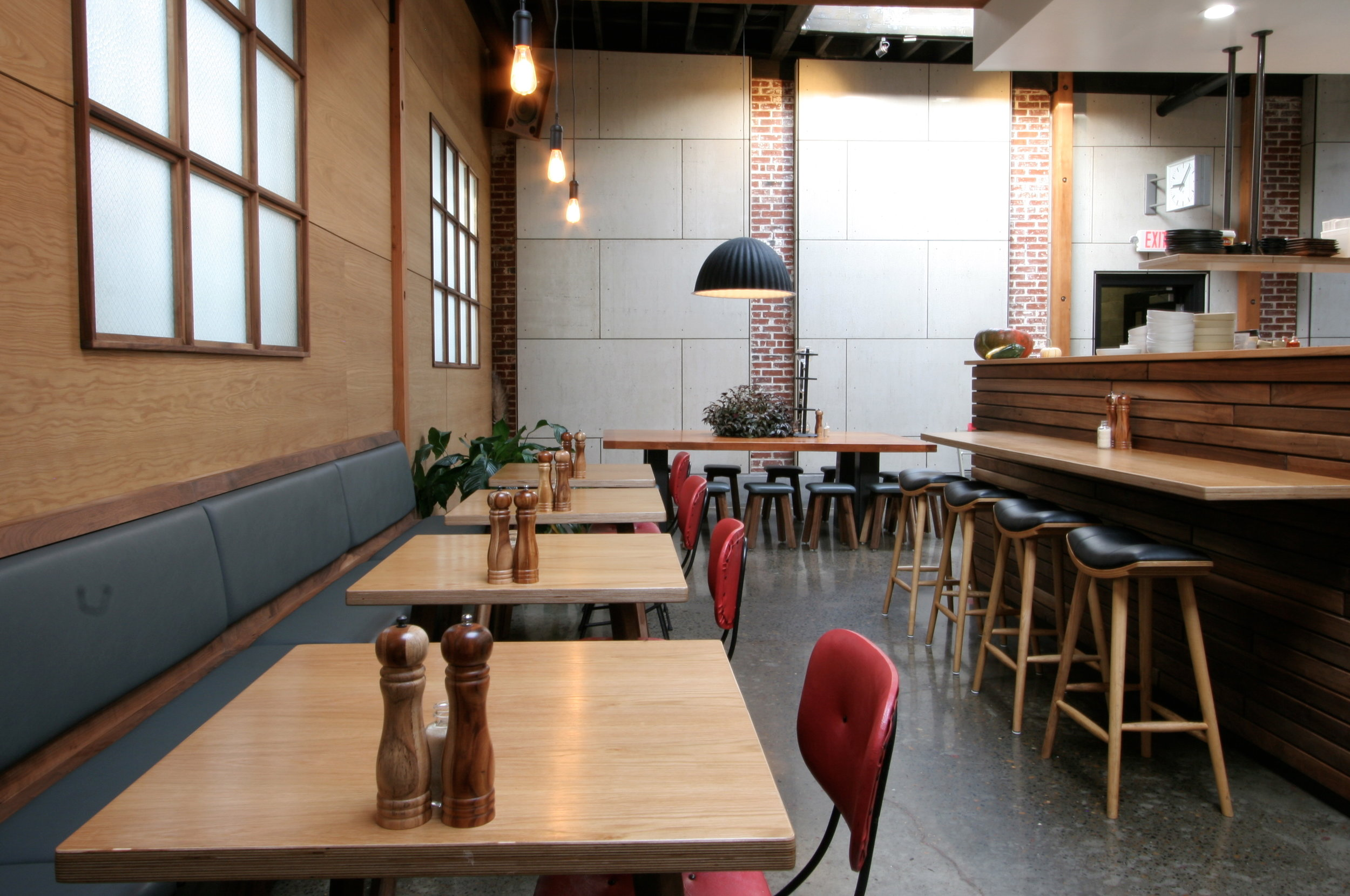Harka Architecture_Proud Mary Cafe_Restaurant Built-in Seating (2).JPG