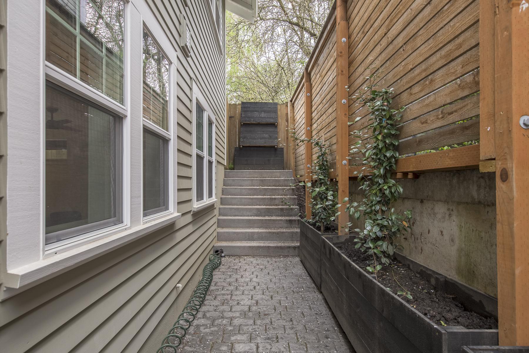 Harka Architecture - Richmond Addition(24).jpg