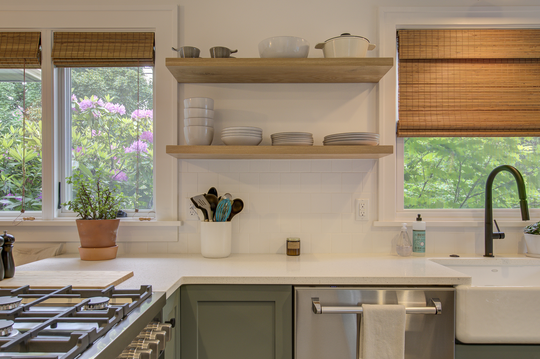 Harka Architecture Rose City Park Kitchen Shelves