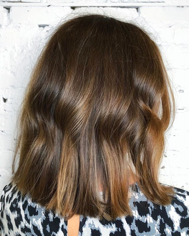 Dimensional brunette balayage and a long texted bob is the perfect duo for low maintenance winter hair! • • • #CompleteYourColor #ColorCompleteAmbassador #MoProfessional #chlhairbymac #customhairlounge #chicagohairstylist #midwesthairstylist #chicagosalon #chicagohair #hairinspo #chicagoblog #hairtrends #balayage #blondehair #blondebalayage #layers #balayage #platinum #platinumblonde #platinumhair #lincolnparksalon #texturedbob #moroccanoil