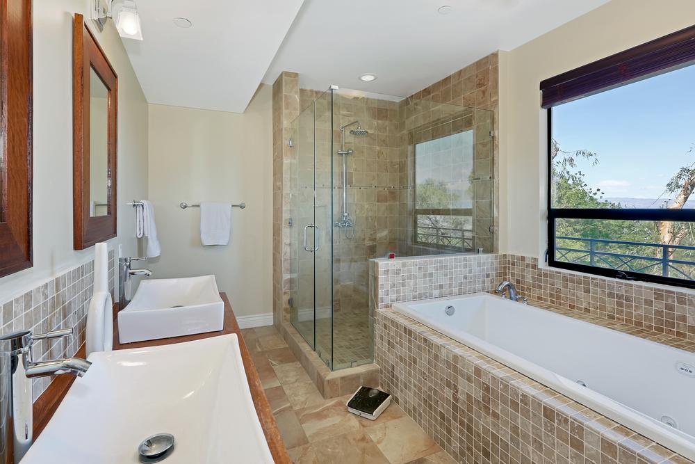 MV1 shower enclosure.jpg