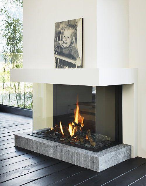 pic fireplace.jpg