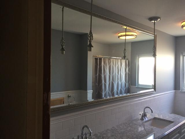Alco Glass and Mirror is a full-service glass and mirror company offering a wide array of residential and commercial products and services.