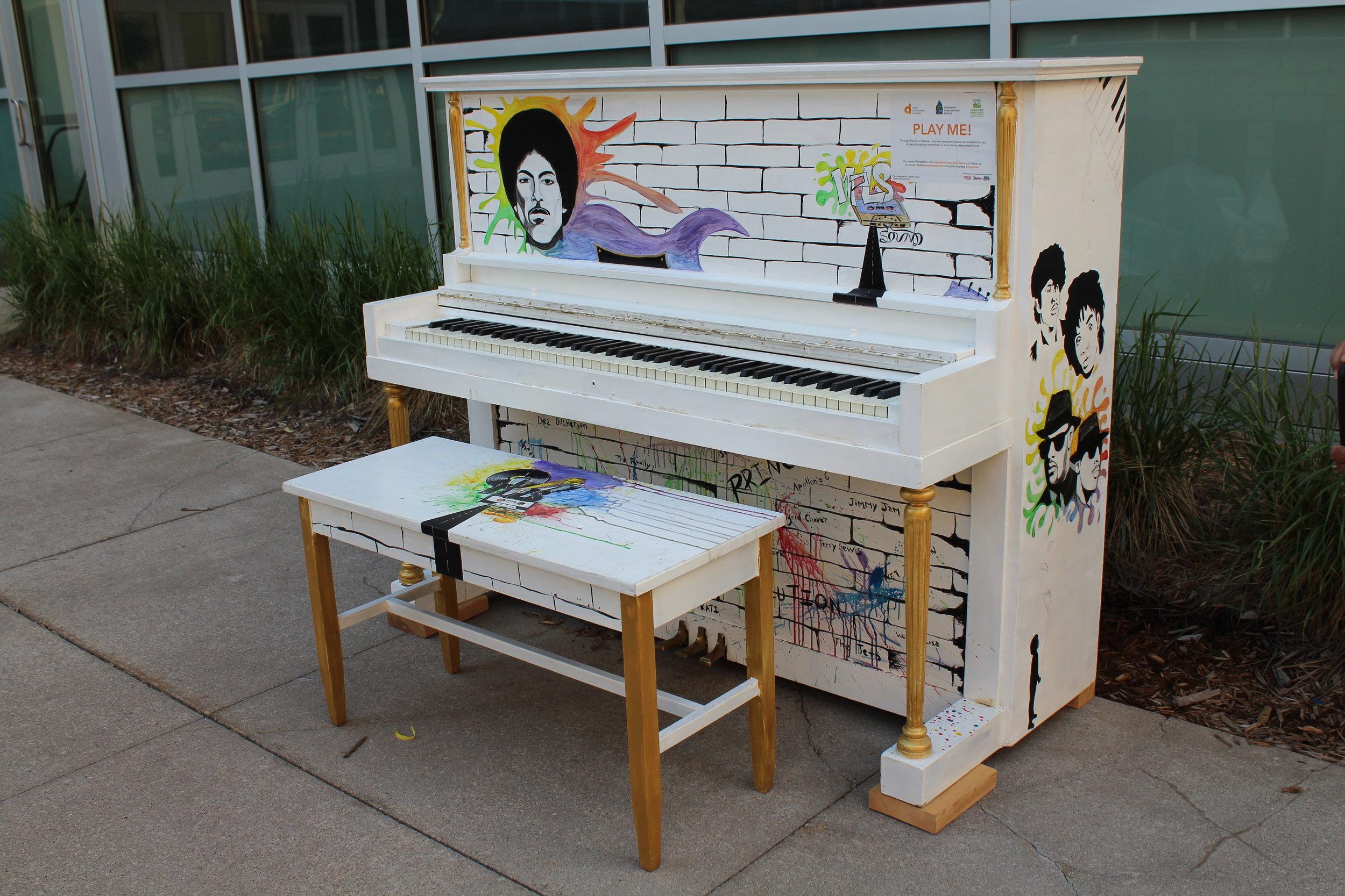 prince_piano3.JPG