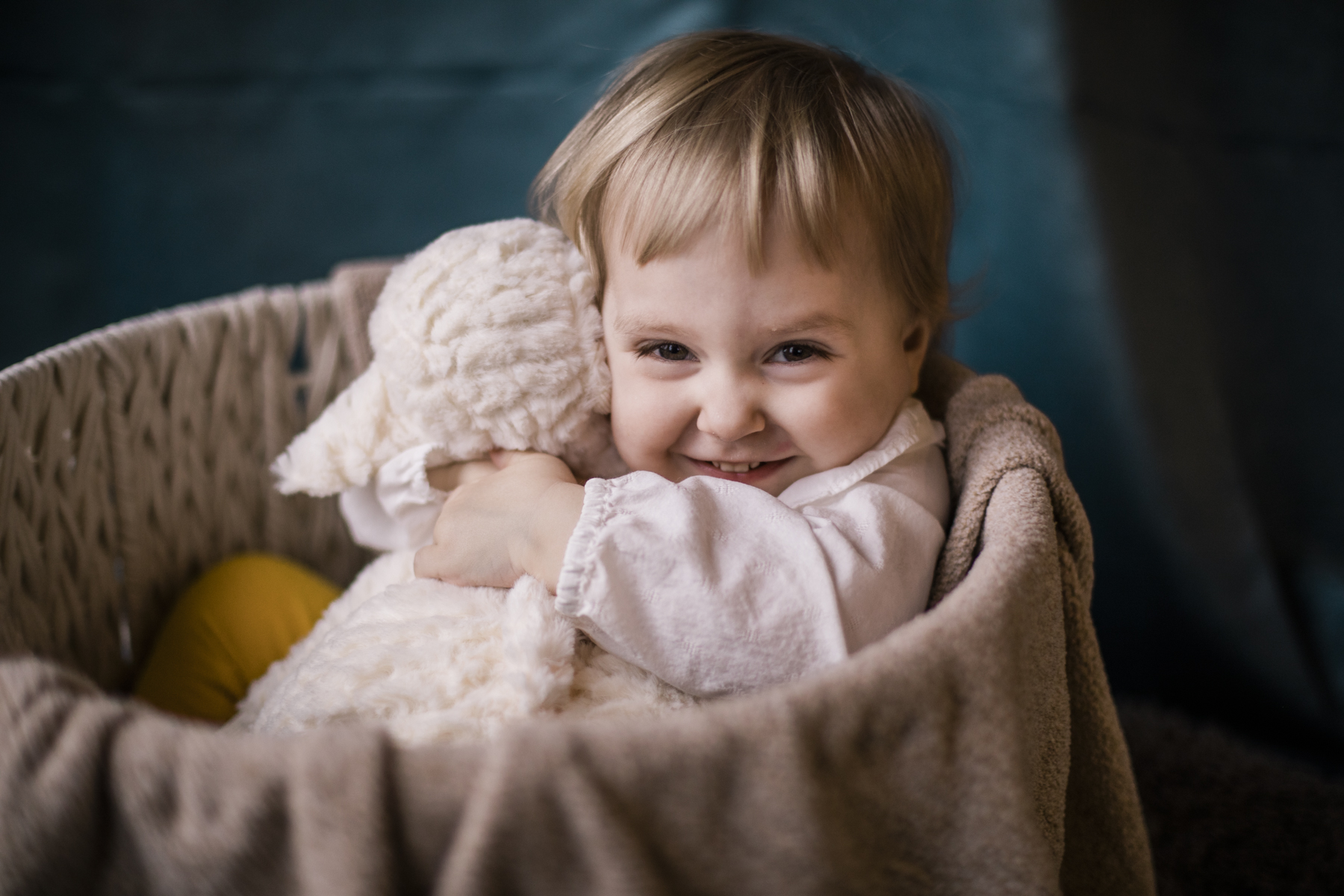 Eloise and Beatrix Baby and Family Photos 2019_ By Studio Misha Photography-40.jpg