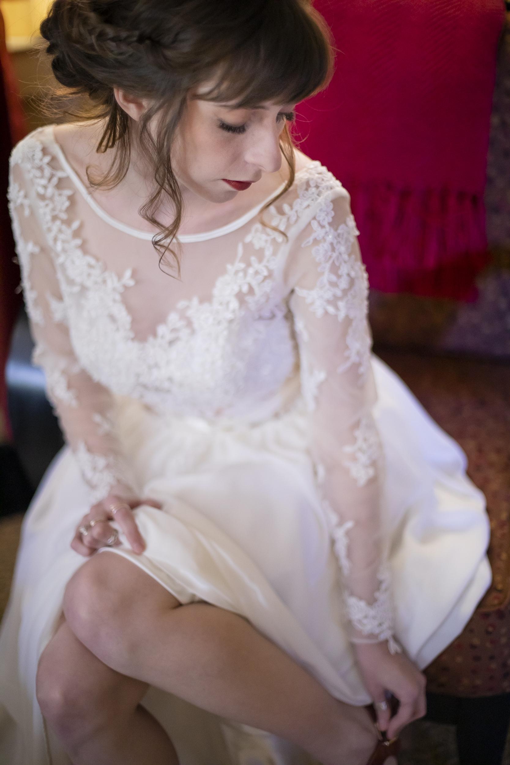 Laurel Falls Wedding October 2018_Allison and Josh__Lola Salon_Flora_Photo by Studio Misha Photography-20.jpg