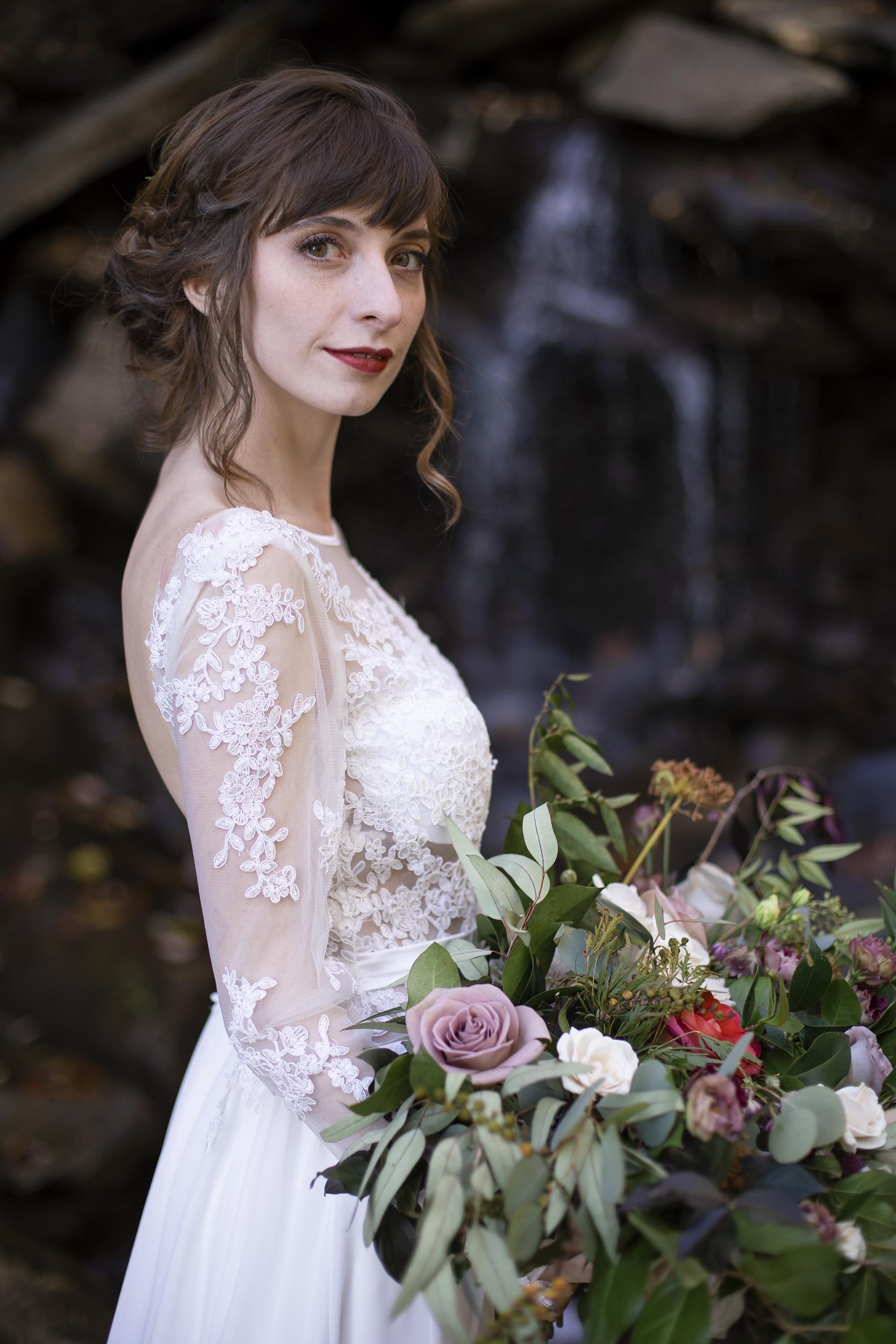 Laurel Falls Wedding October 2018_Allison and Josh__Lola Salon_Flora_Photo by Studio Misha Photography-101.jpg