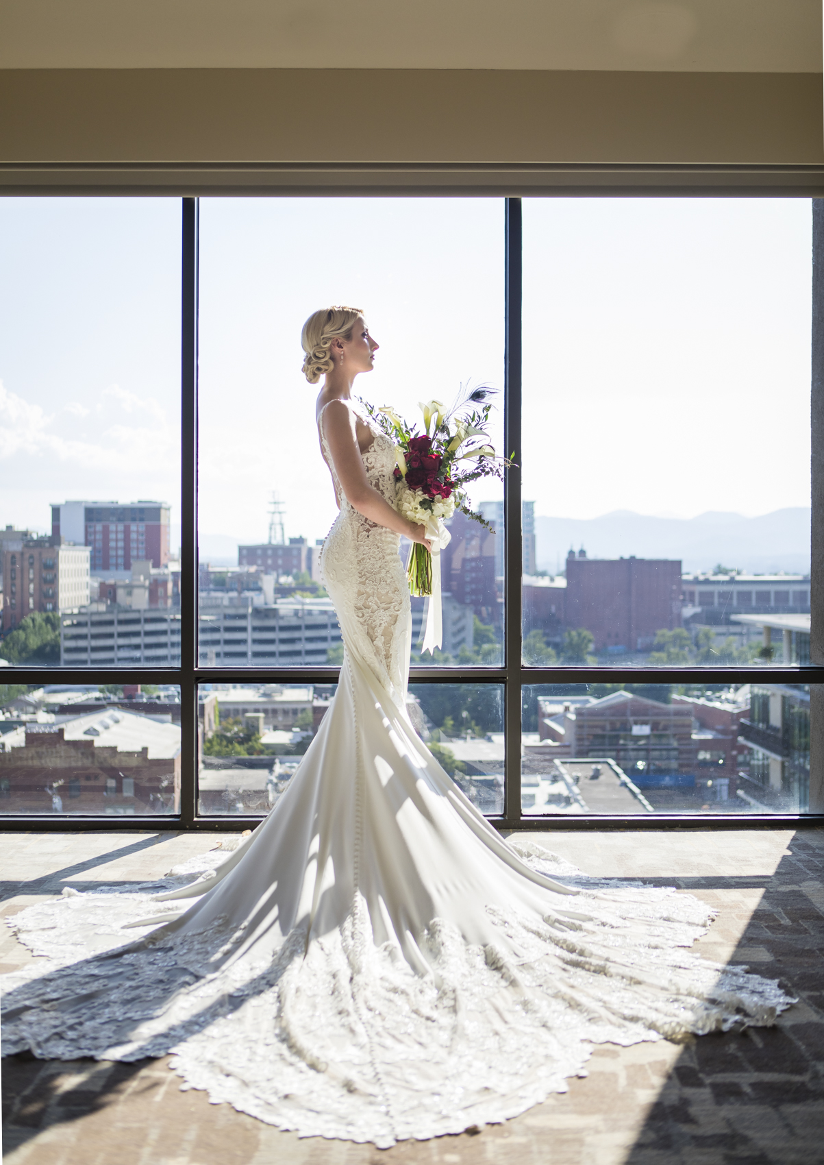 Vintage Glamour in Downtown Asheville_photos by Studio Misha Photography_BLOG-15.jpg