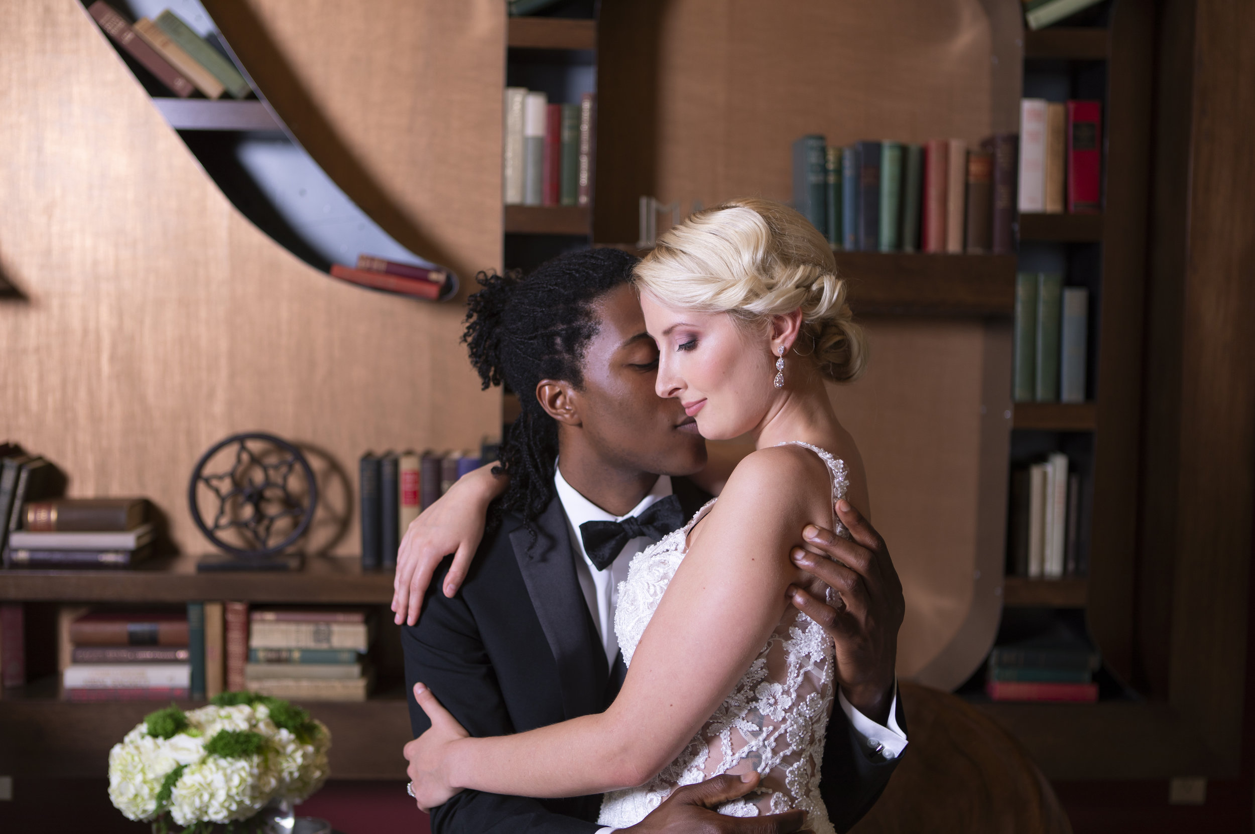 Vintage Glamour in Downtown Asheville_photos by Studio Misha Photogrpahy00034.jpg